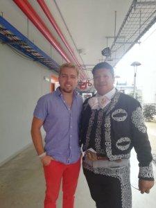mariachi el rey 11 225x300 MARIACHIS EN CHOSICA